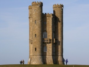 Billy No Mates Tours – Broadway Tower & Crawley Inn