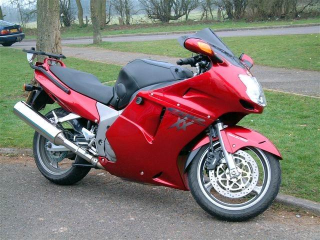 Bonzo's 2001 Red Honda Blackbird