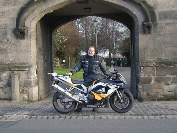 Hank and his Fireblade outside Tamworth castle