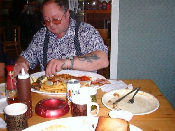 Bob with his Desperate Dan breakfast and extra chips!