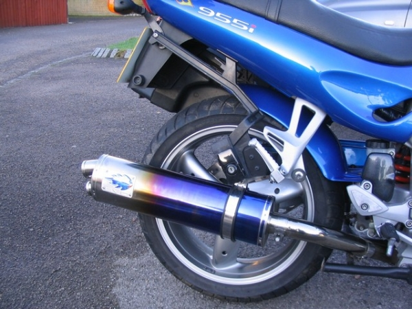 Blue Flame end can on Rig's 2004 Triumph Sprint ST