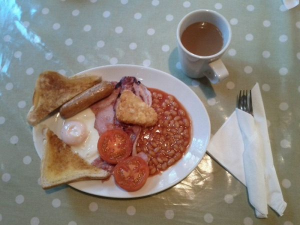 Queenswood Cafe breakfast