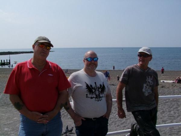 Bonzo, Bob and Chinny in Aberystwyth