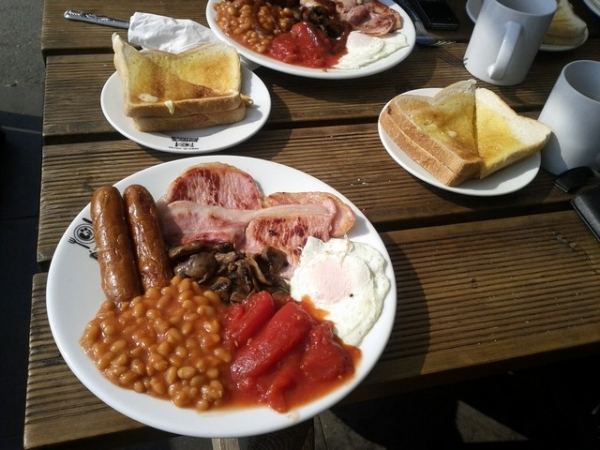 A Dinkys Dinah Full English