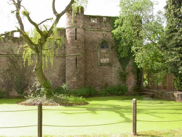 Bollitree Castle_10052014_09
