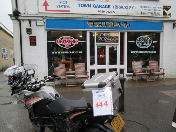 KTM 1190 Adventure outside Skins Cafe in Brackley