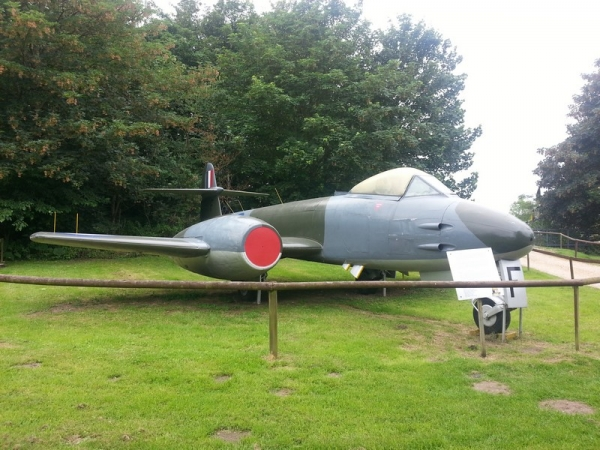 Gloster Meteor F(TT).8