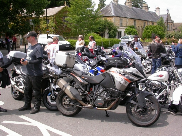 KTM 1190 Adventure in Bourton-on-the-Water