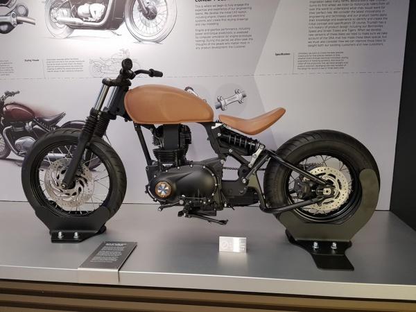 Clay styling buck - Triumph Bobber