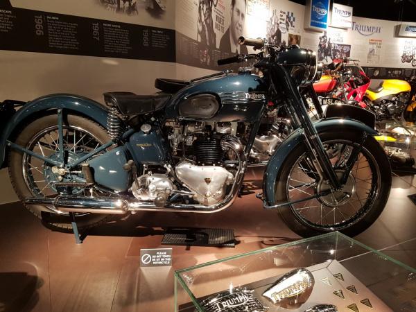 6T Thunderbird 1949