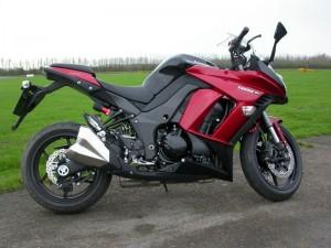 Ray's Kawasaki Z1000SX