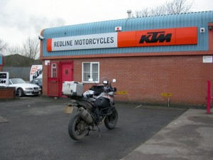 Tyre change on the KTM