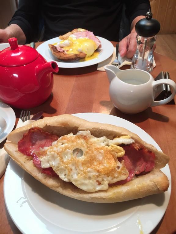 Breakfast at Berryfields