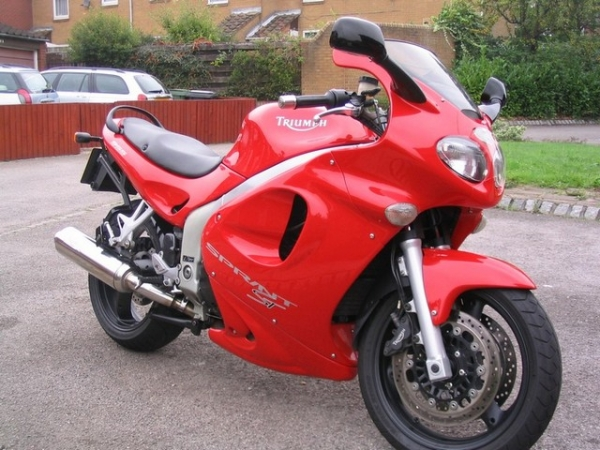 This was the last photo I took of my Triumph Sprint ST 955i before it was sold.