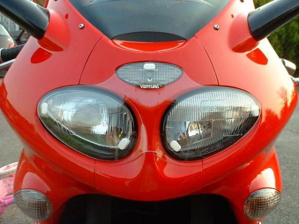 Ventura Headlight Guard on Rig's Triumph Sprint ST