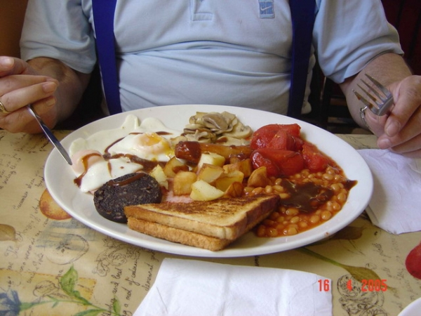 Full English breakfast at the Village Farm Cafe in Pyle