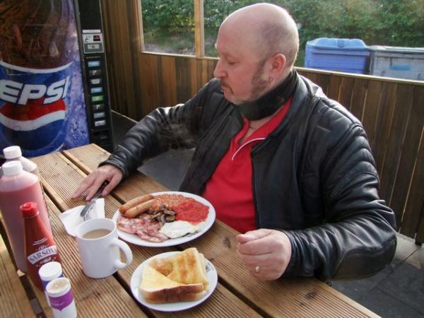 Bonzo and his Dinkys Dinah breakfast