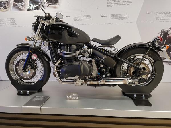 Geometry & Ergonomic mule bike - Triumph Bobber