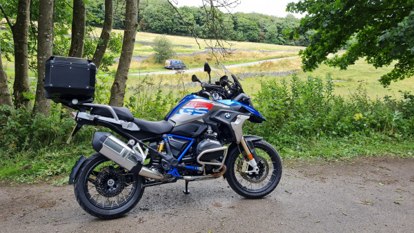 BMW R1200GS Rallye in the Peak District